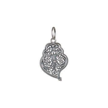 coracao de viana s joias sui jewellery filigrana prata pendente silver pendant filigree portuguese heart nana